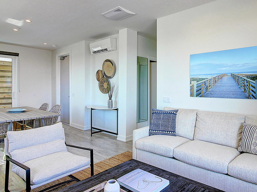 Lively Beach 1 bed, 2 bath