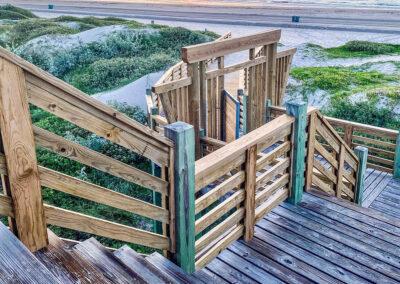 Austin.com – Lively Beach boardwalk gate to beach