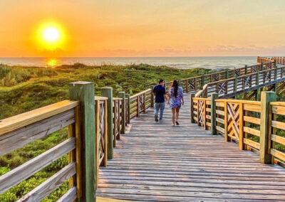 Austin.com – Lively Beach sunset walk