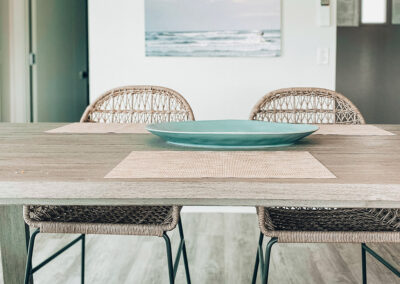 Erin Ruoff – Lively Beach dining table